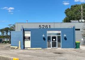 5261 N Tacoma Ave, Indianapolis, Indiana 46220, ,Office/Retail,For Lease,1075